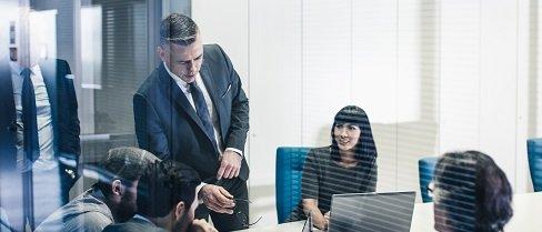 Konsulenttjenesten, kursuskompagniet, interne virksomhedsforløb, Business team at the office